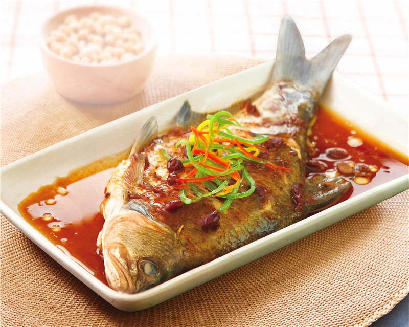 黄豆酱蒸鱼