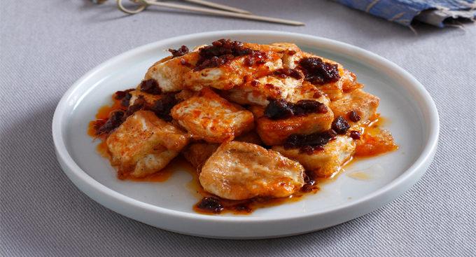 招牌酱淋黄金豆腐
