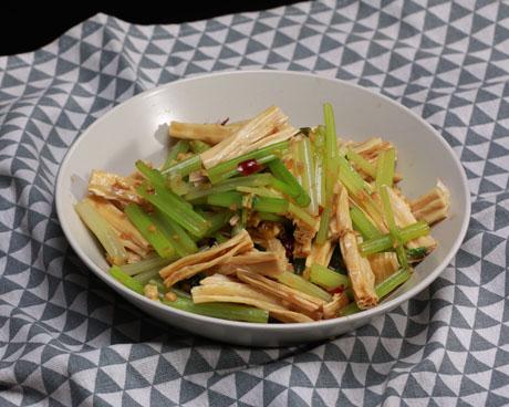 芹菜炝拌腐竹