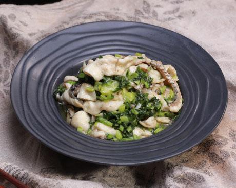 雪菜炖鱼片