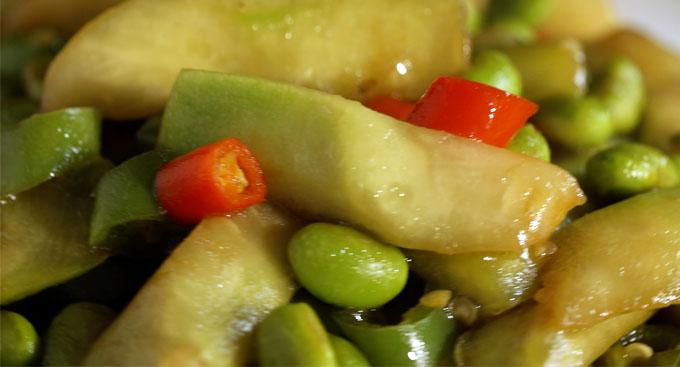 丝瓜炒青豆
